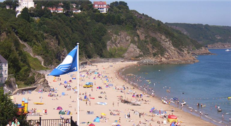 A blue flag beach