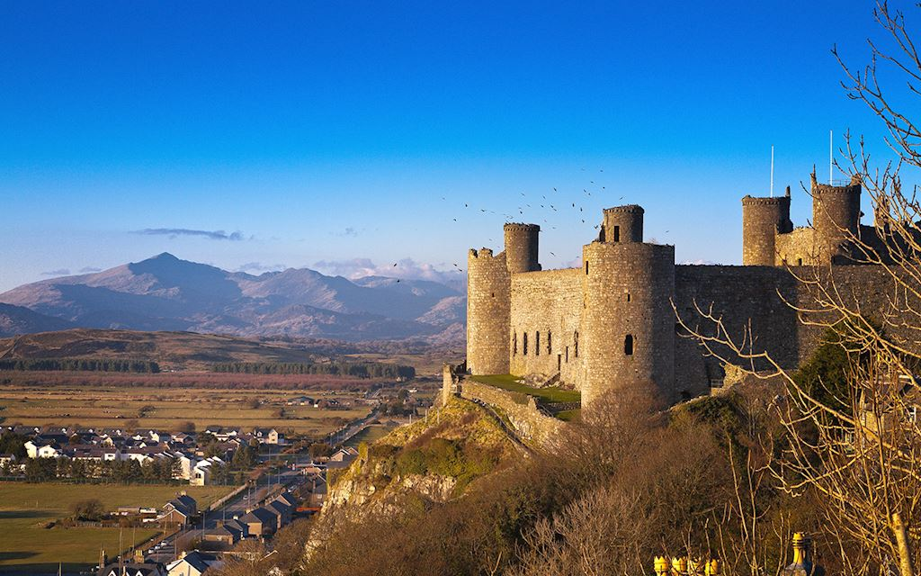 Harlech Castle © Crown copyright (2011) Visit Wales, all rights reserved